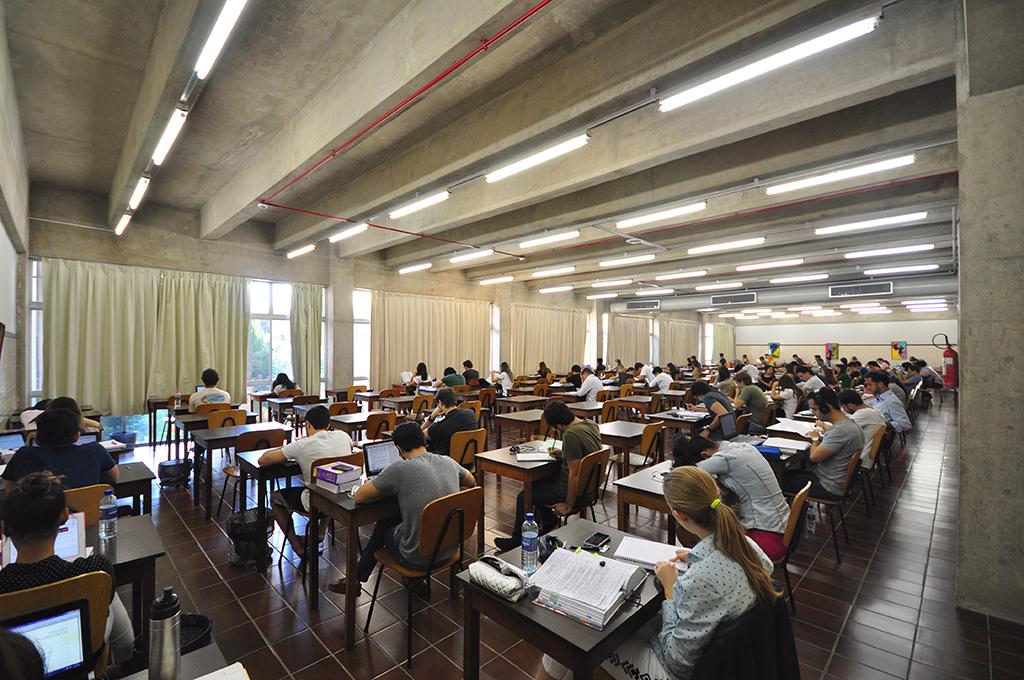 Salão de Estudo Individual